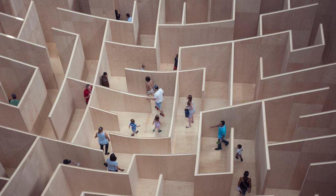 Come costruire un team building in remoto: il caso delle escape room